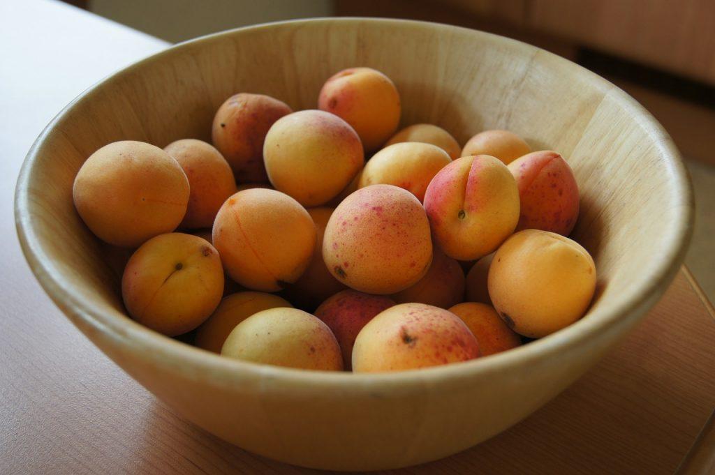 apricot-172281_1280