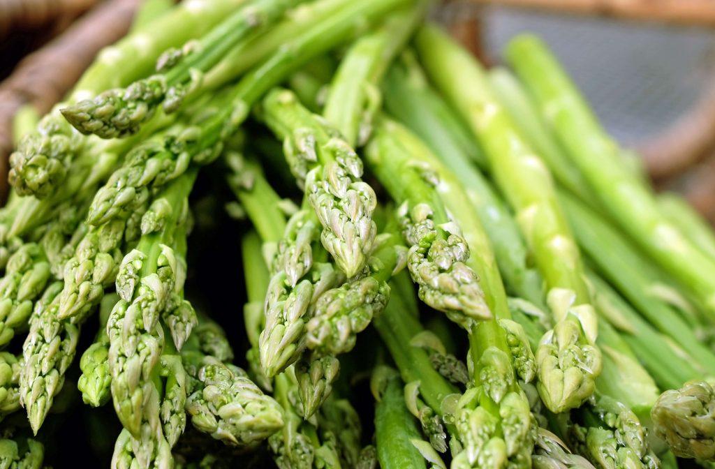 asparagus-1392139-1-1